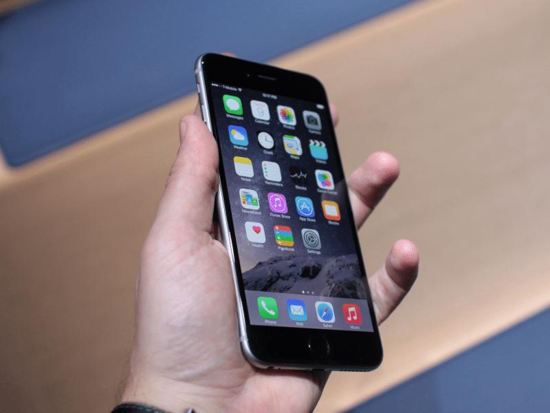 apple-iphone6-inhand-photo