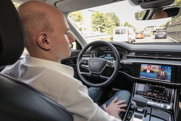 Audi AI sıkışık trafik pilotu