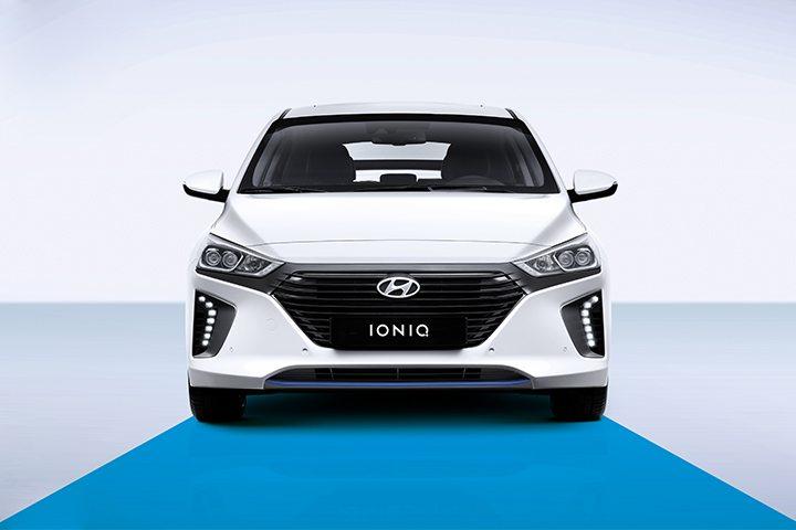 Hibrit otomobiller Hyundai ioniq
